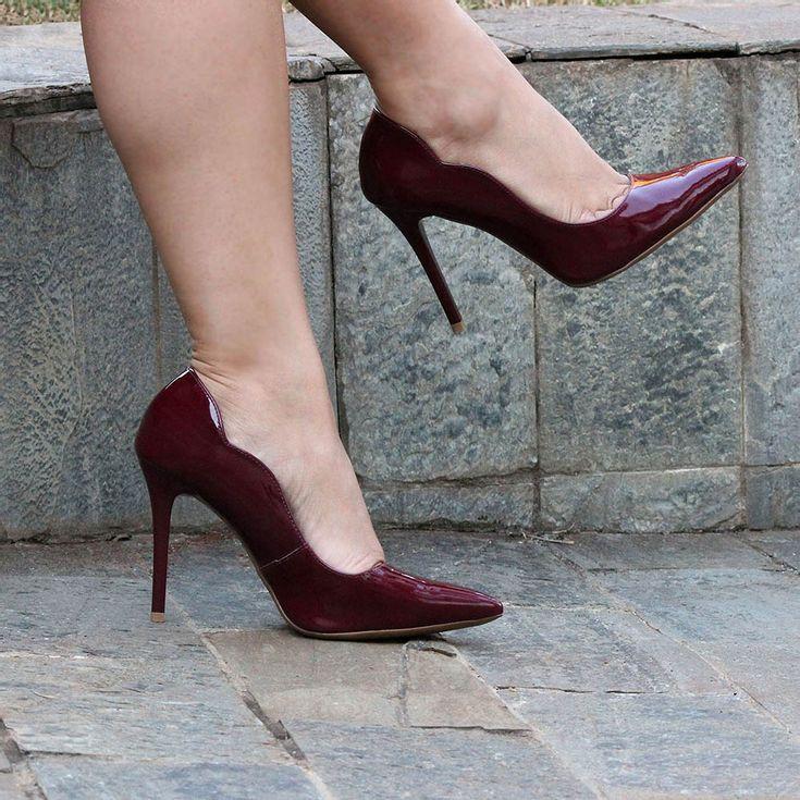 scarpin-royalz-curvas-verniz-salto-alto-fino-vinho-bordo-5