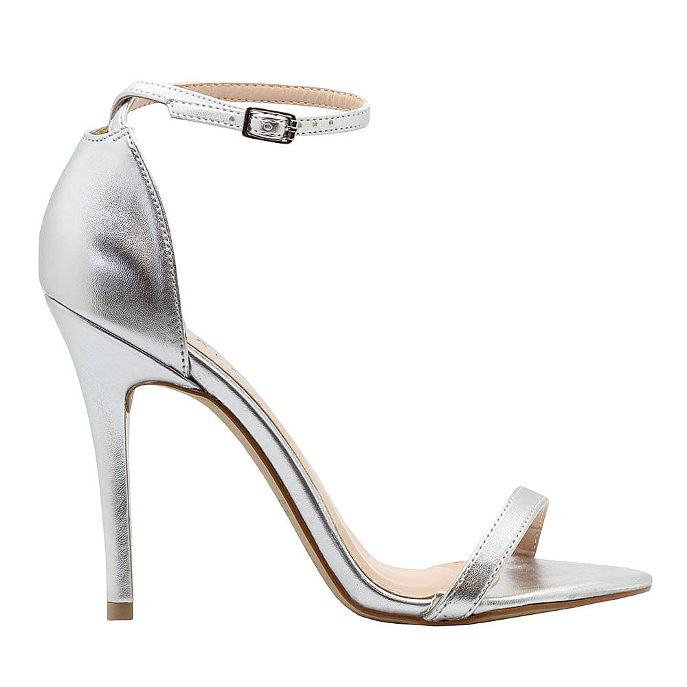 9490982ca ... sandalia-royalz-metalizada-salto-alto-fino-tira-prateada. De: R$199,90Por:  R$164,90