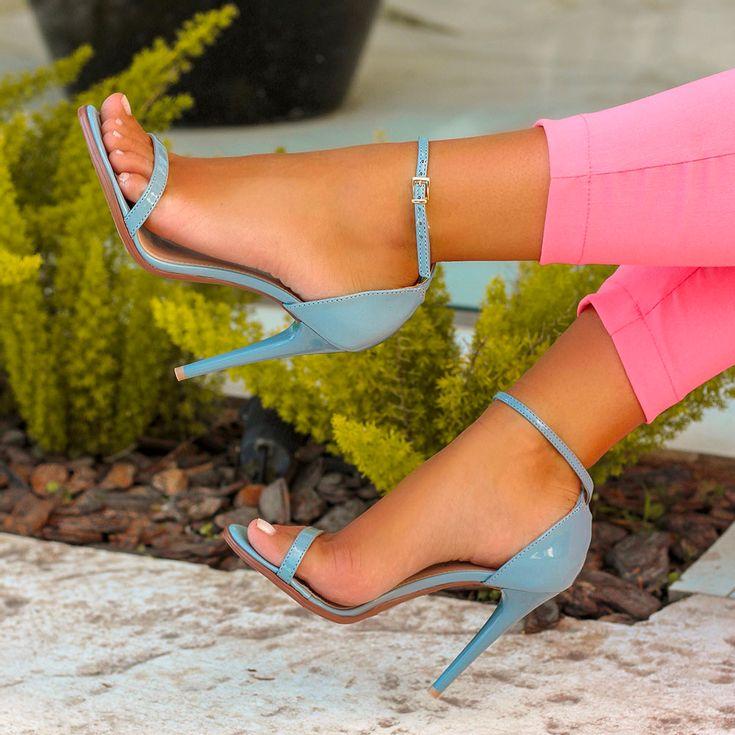 sandalia-royalz-verniz-salto-alto-fino-tira-azul-jeans-1
