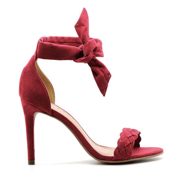 sandalia-royalz-suede-salto-fino-amarracao-alice-vermelha
