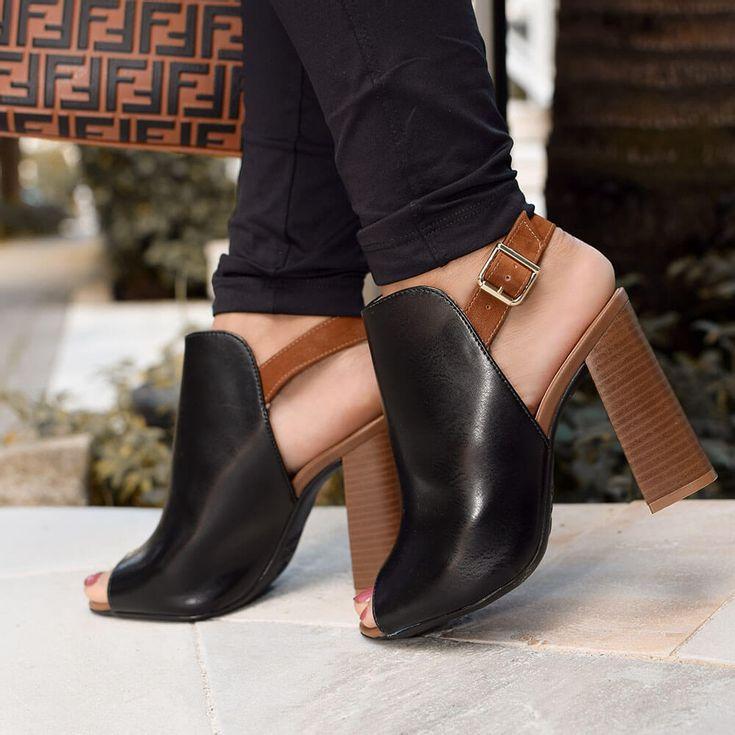 sandalia-royalz-lisa-ankle-boot-salto-alto-mirela-preta-1