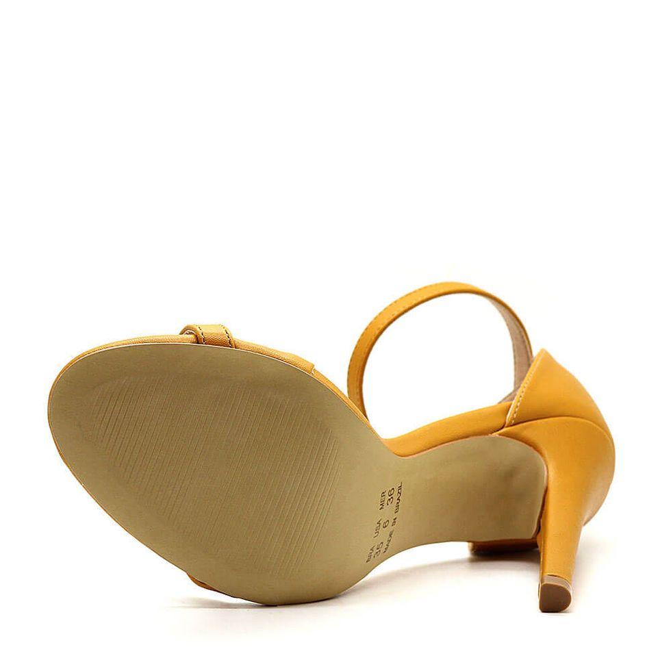 sandalia-royalz-lisa-paola-salto-alto-fino-tira-amarelo-mostarda-3