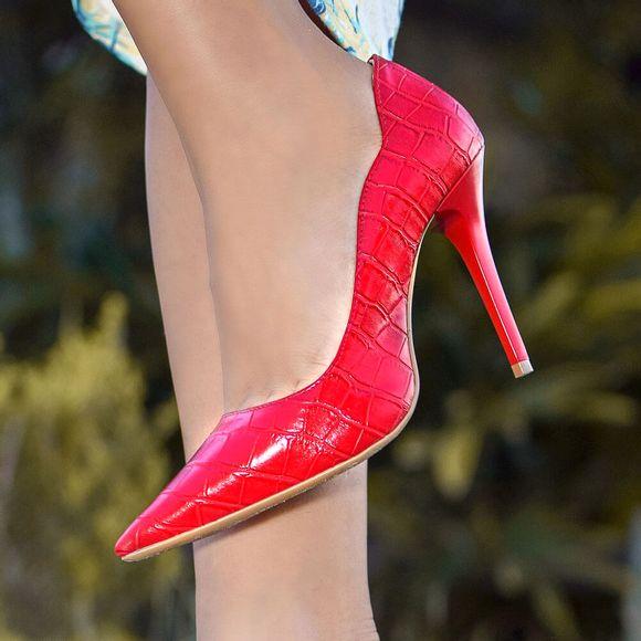 scarpin-royalz-croco-penelope-curvas-vermelho-5