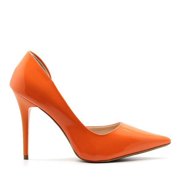 scarpin-royalz-verniz-abertura-interna-salto-alto-fino-penelope-laranja