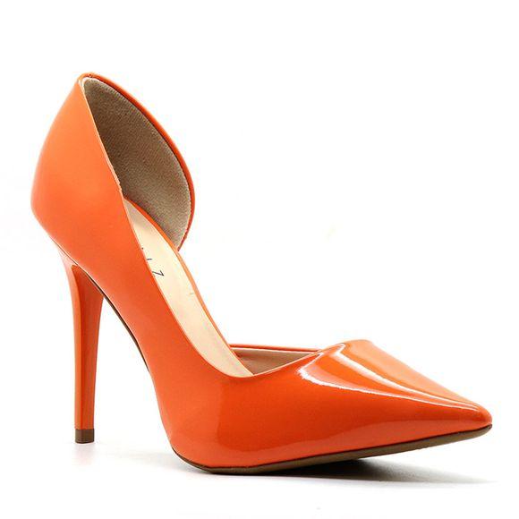 scarpin-royalz-verniz-abertura-interna-salto-alto-fino-penelope-laranja-1