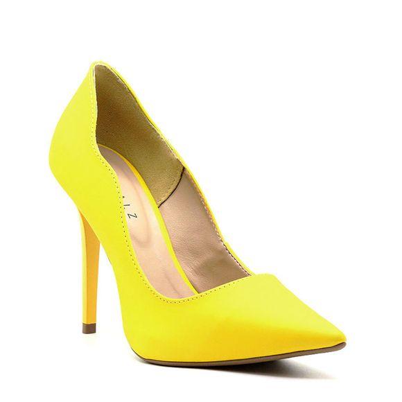 scarpin-royalz-liso-salto-alto-fino-penelope-curvas-amarelo-ipe-1