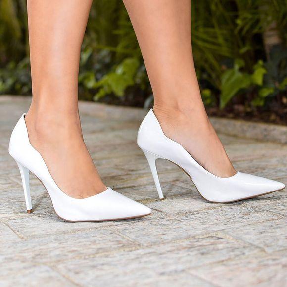 scarpin-royalz-verniz-salto-alto-fino-penelope-curvas-branco-4