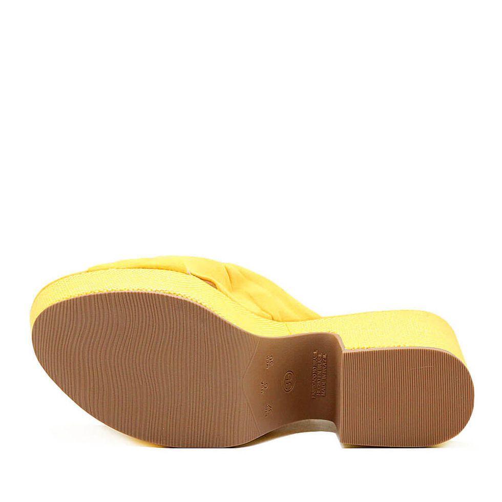 mule-royalz-suede-salto-grosso-plataforma-laura-no-amarelo-3