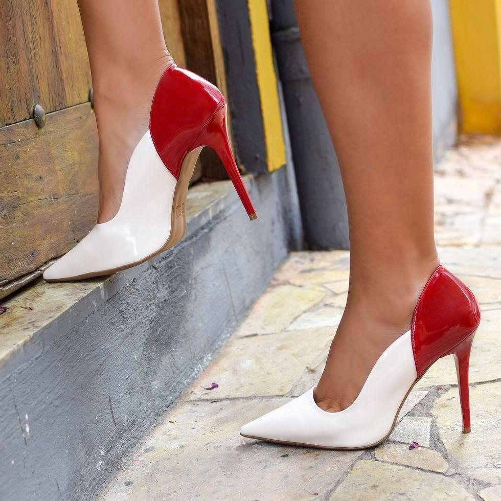 scarpin-royalz-verniz-salto-alto-fino-penelope-vivian-off-white-vermelho-4