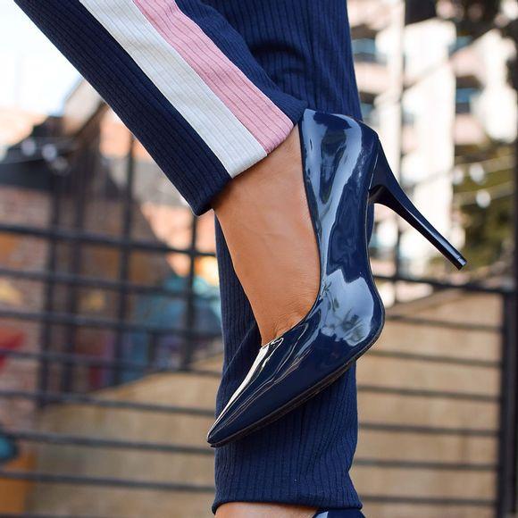 scarpin-royalz-verniz-salto-alto-fino-penelope-azul-marinho-4