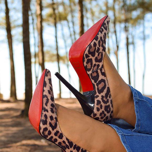 scarpin-royalz-tecido-sola-vermelha-salto-alto-fino-celine-onca-soft-5