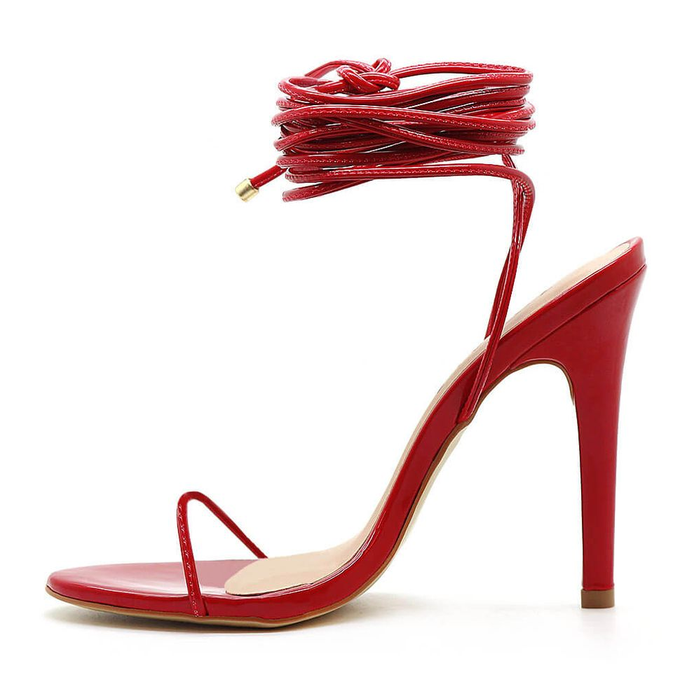 sandalia-royalz-verniz-louise-amarracao-salto-alto-fino-vermelha-3