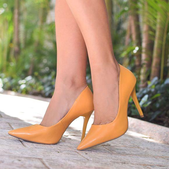 scarpin-royalz-liso-salto-alto-penelope-amarelo-mostarda-4
