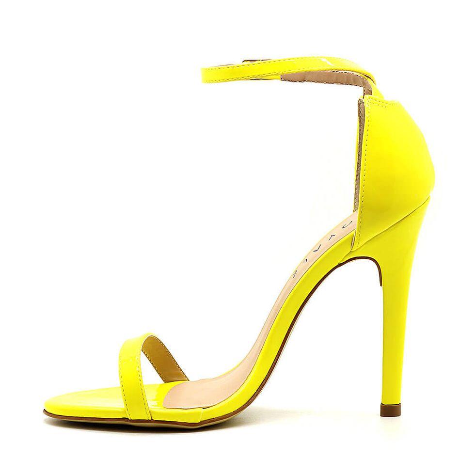 sandalia-royalz-verniz-paola-salto-alto-fino-tira-amarela-2