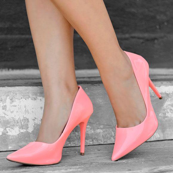 scarpin-royalz-verniz-neon-fluorescente-penelope-coral-1