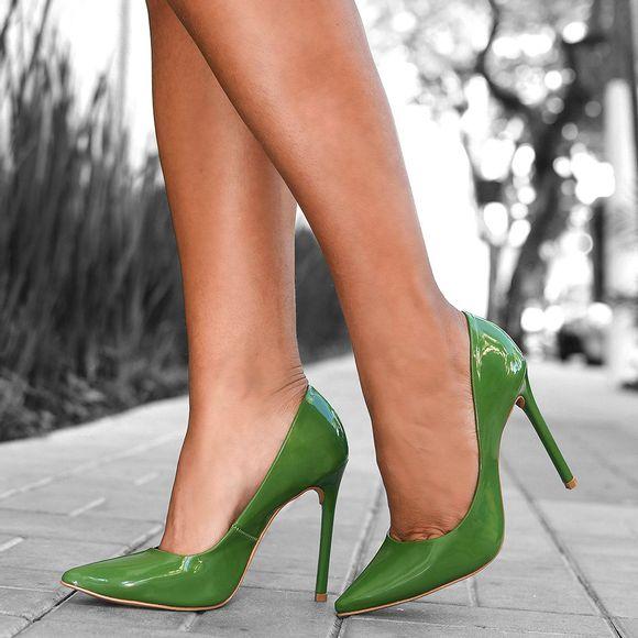 scarpin-royalz-verniz-salto-alto-fino-celine-verde-abacate-1