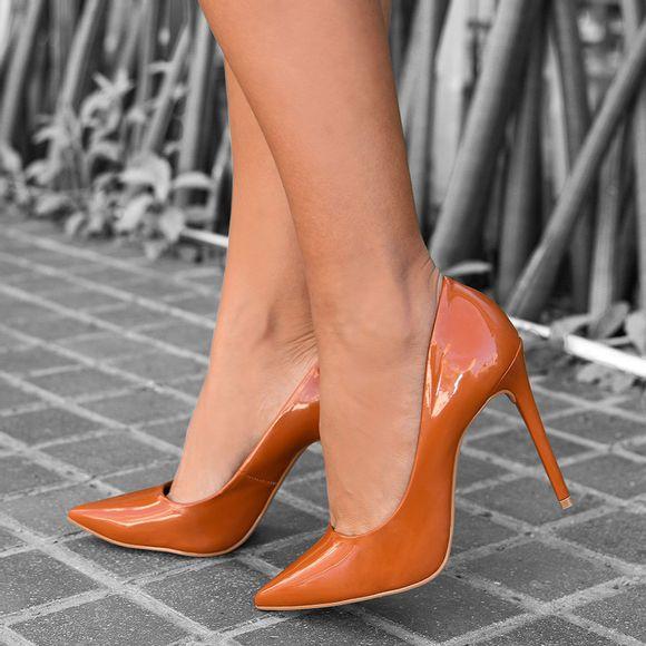 scarpin-royalz-verniz-salto-alto-fino-celine-marrom-caramelo-1