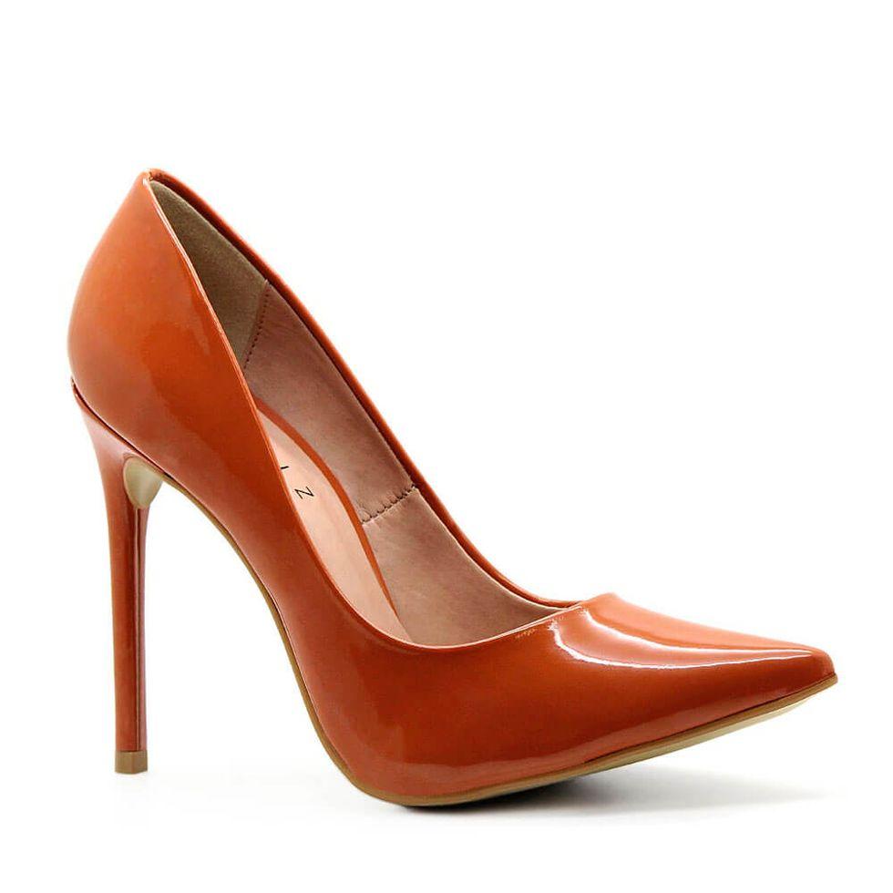 scarpin-royalz-verniz-salto-alto-fino-celine-marrom-caramelo-2