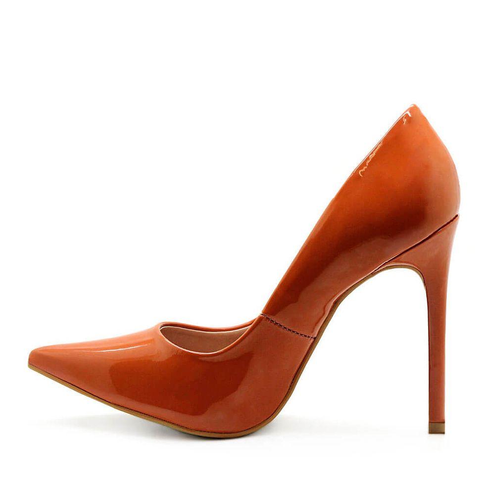 scarpin-royalz-verniz-salto-alto-fino-celine-marrom-caramelo-3
