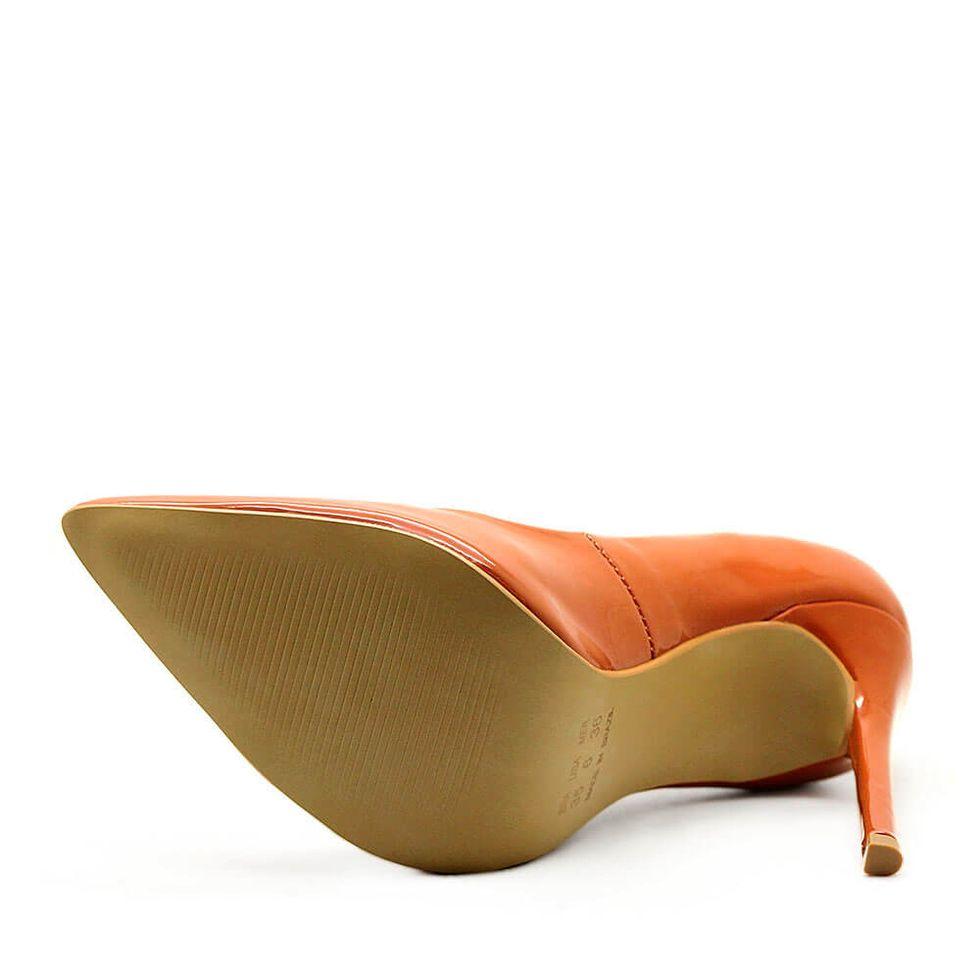scarpin-royalz-verniz-salto-alto-fino-celine-marrom-caramelo-4