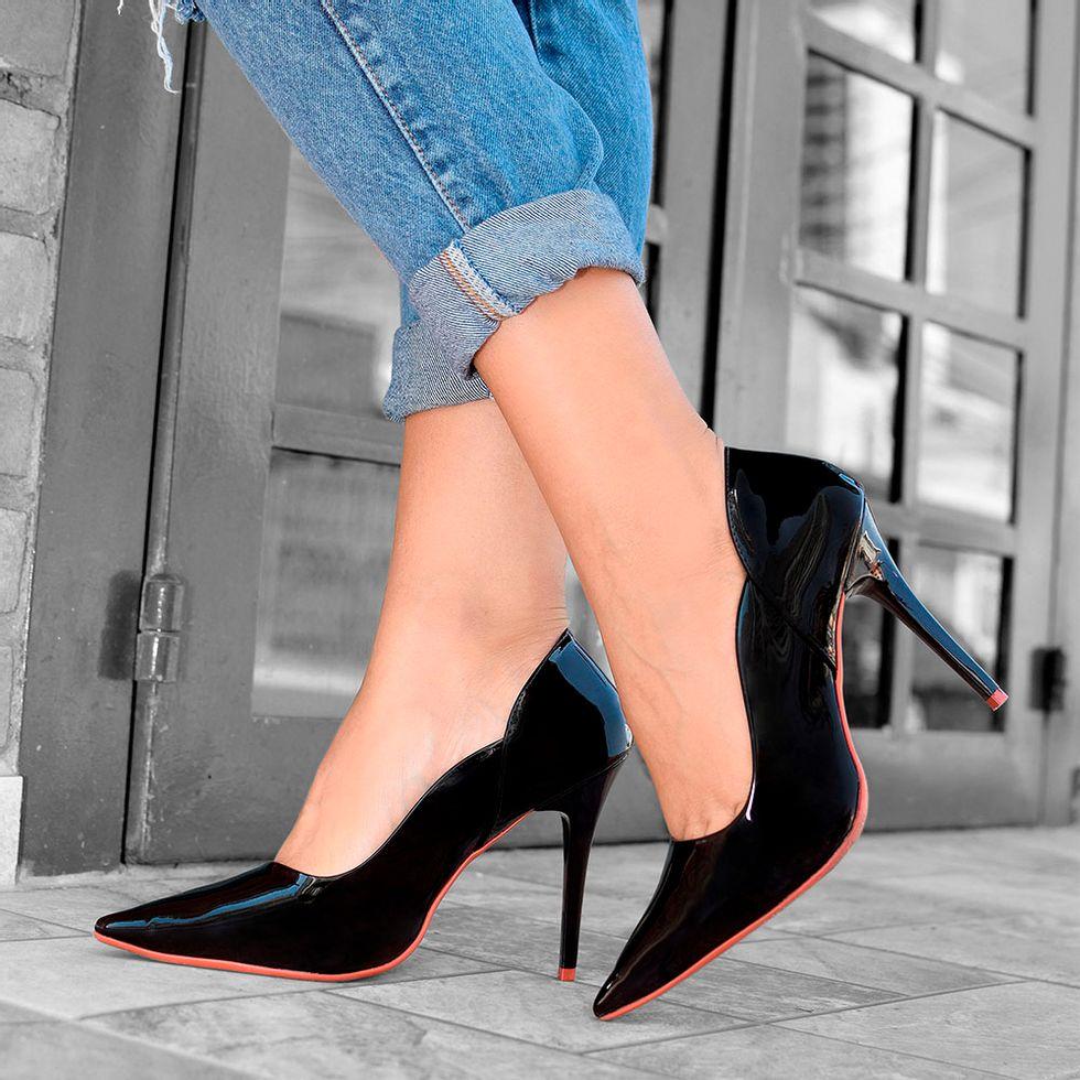 scarpin-royalz-verniz-sola-vermelha-salto-alto-fino-penelope-vivian-preto-4